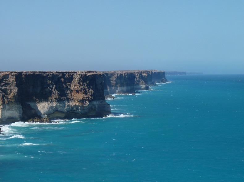 bunda-cliffs-2[5]