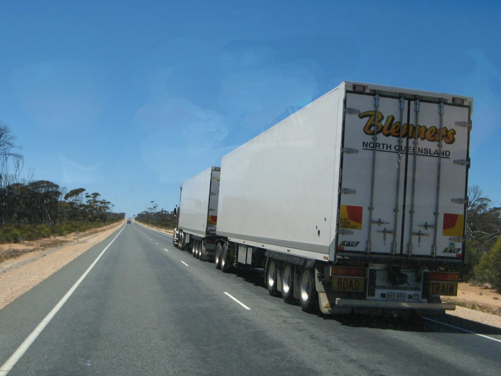 road train eyre