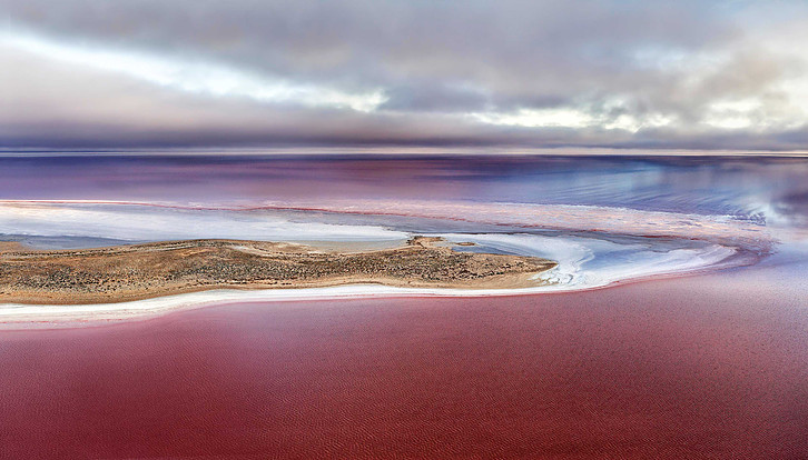 See the Pink Lake | When Should I Visit Lake Eyre?
